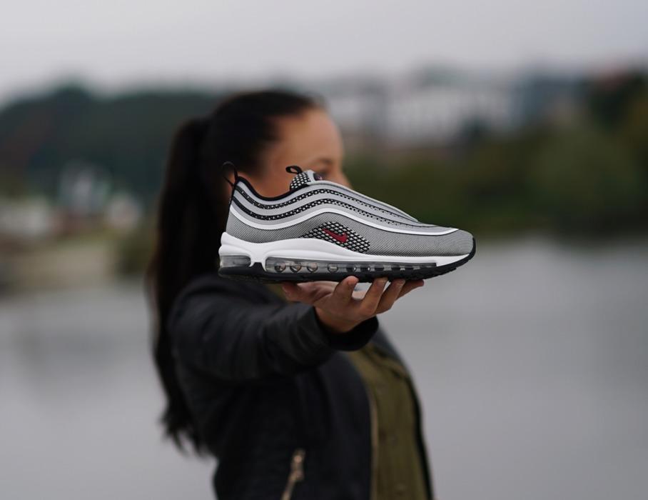 pol_pl_Mlodziezowe-buty-Nike-Air-Max-97-Ultra-17-917998-002-1830_2